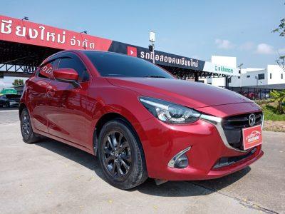 Mazda2 สีแดง connect skyactive_๒๑๐๔๑๙_9